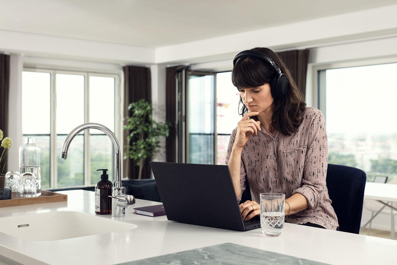 A rossz hangzás hatása az érzelmi egyensúlyunkra